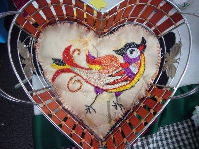 joli coeur brodé à 1 fil (peinture à l'aiguille)